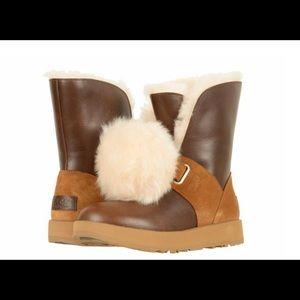 UGG Isley Waterproof Pom Pom 1018217 Boots Sz 8.5